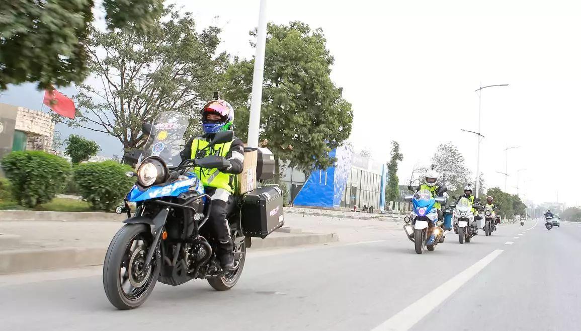道路千萬條,安全第一條,正確的騎行姿勢能挽救生命!