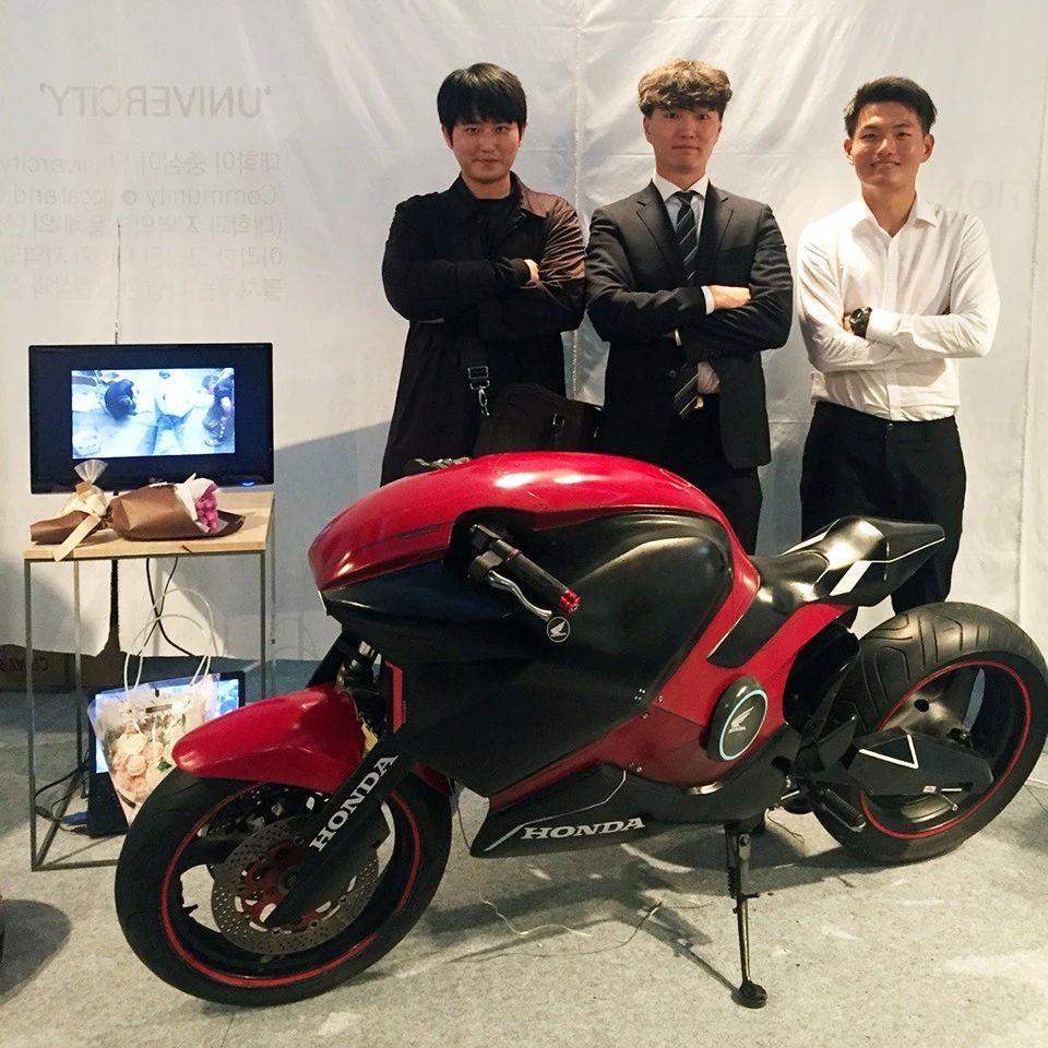 自己动手丰衣足食,韩国三名高校生合力制作新潮电摩